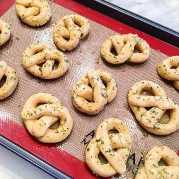 OMC Paleo Pretzels Garlic Dough