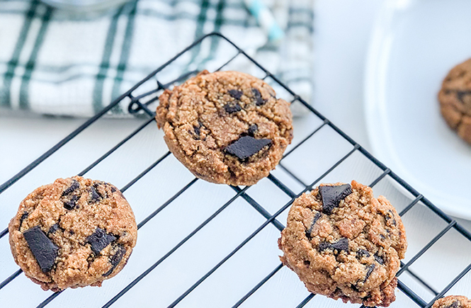 OMC Paleo Chocolate Chip Cookies